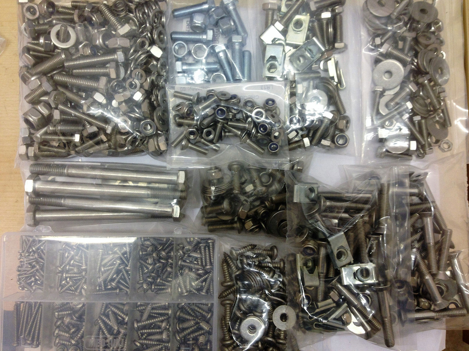 Landrover Defender 90,110 Front Door Bolts A2 Stainless Steel